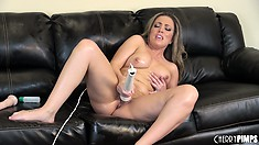 Carmen Valentina uses a strong massager to make her pussy twitch