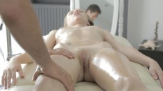 She Gets A Hot Massage And Sucks His Dick, Then Fucks For His Load