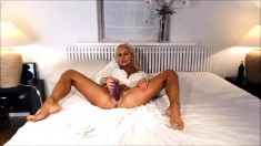 Horny blonde tereza solo toying