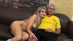 Horny girl Amanda Tate is going to play with the dick of middle-aged dude