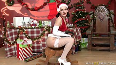 Merry Christmas to this brunette with a sexy, oily ass just waiting for presents