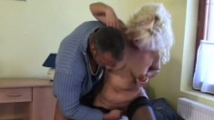 A busty older woman knows some tricks for pleasing a man's meat