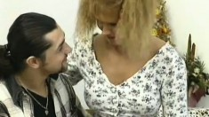 Generous couzie that looks like a cheap slut gets fucked by long-haired dude